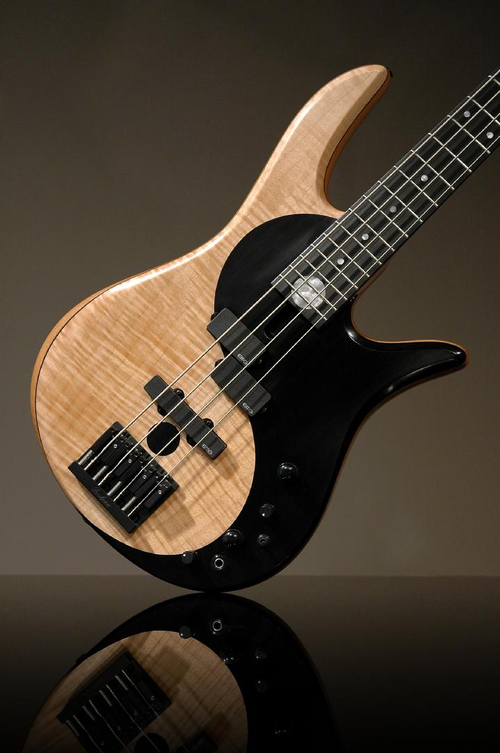 Fodera ying yang standard based on the victor wooten yin for Table yin yang basse